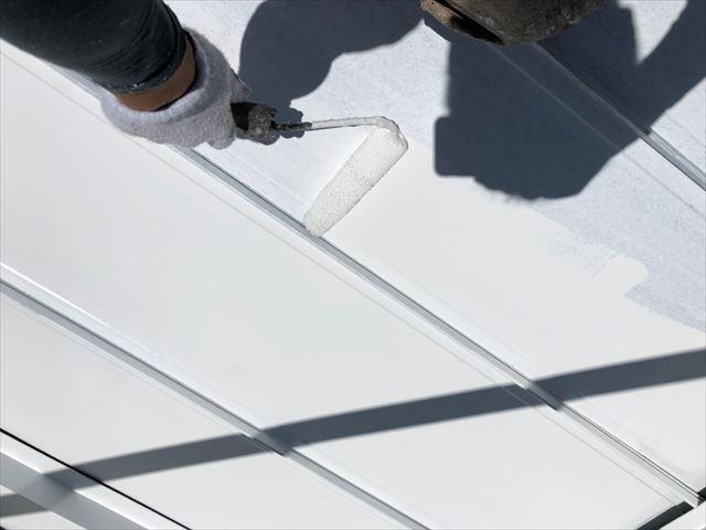 瑞浪市で屋根外壁塗装 屋根下塗り
