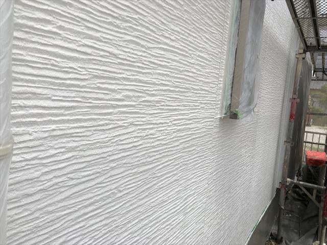 瑞浪市で屋根外壁塗装 外壁中塗り完了