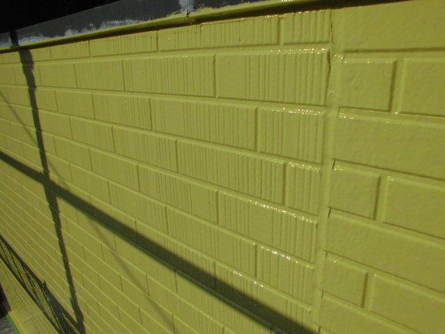 瑞浪市、外壁の上塗り