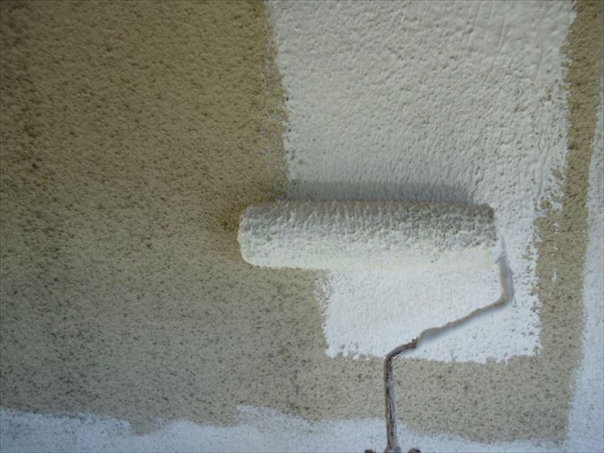 土岐市モルタル壁下塗り