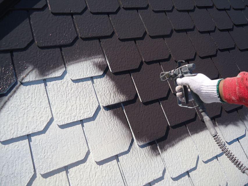 可児市屋根中塗り