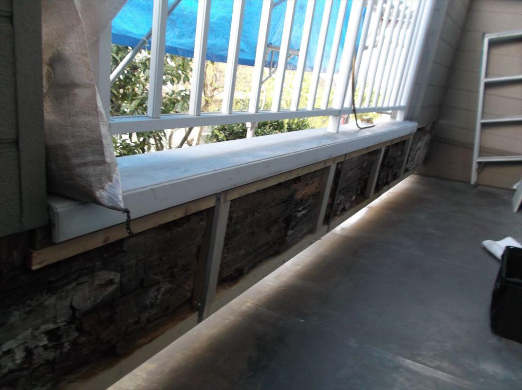 多治見市 ベランダの壁の修理 外壁がボソボソ