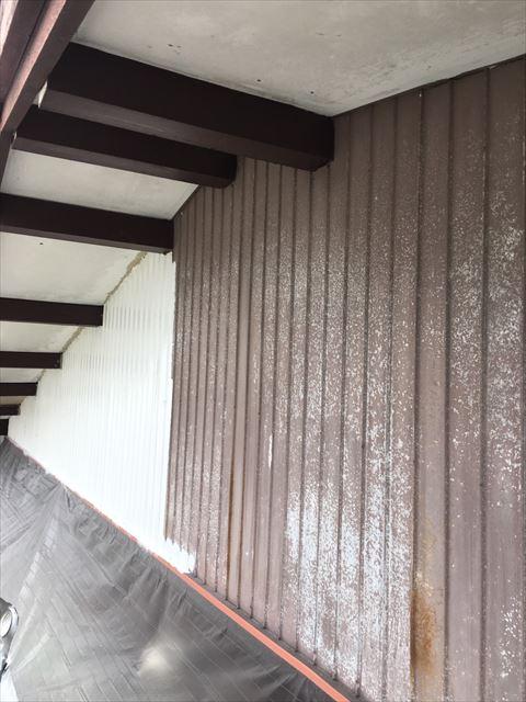 可児市トタン壁塗り替え