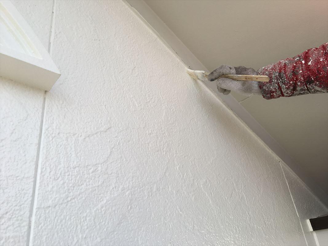 多治見 外壁塗り替え 軒天井の塗装 補修塗り