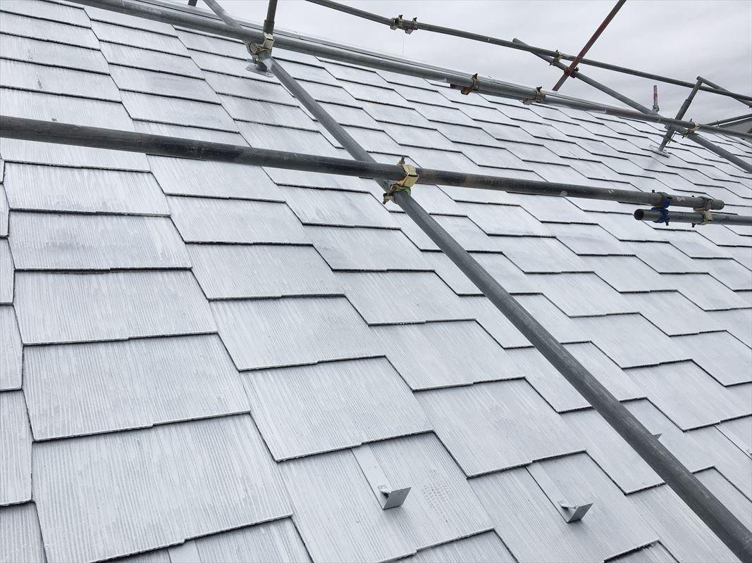 多治見 可児 屋根塗装 遮熱塗料の下塗り アステックペイントのスーパー遮熱サーモ