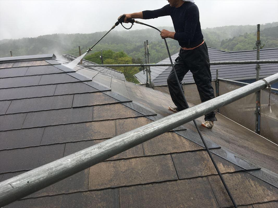 多治見市 屋根塗装 下地処理 洗浄