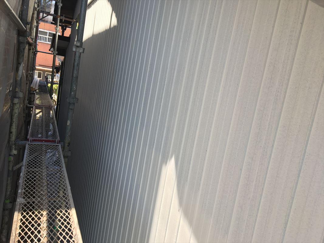 多治見市 外壁トタンの塗装 鉄壁の塗装