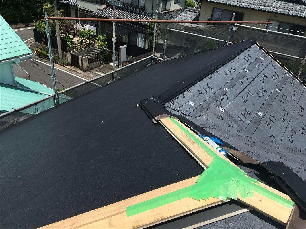 多治見市 断熱材が付いた屋根材で葺き替え 屋根のリフォーム