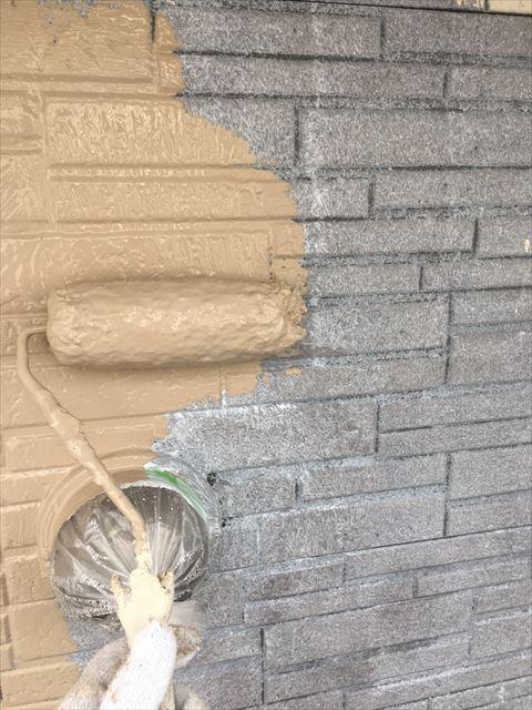 外壁 ガイナ 中塗り