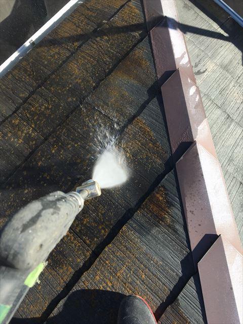可児市、屋根の洗浄
