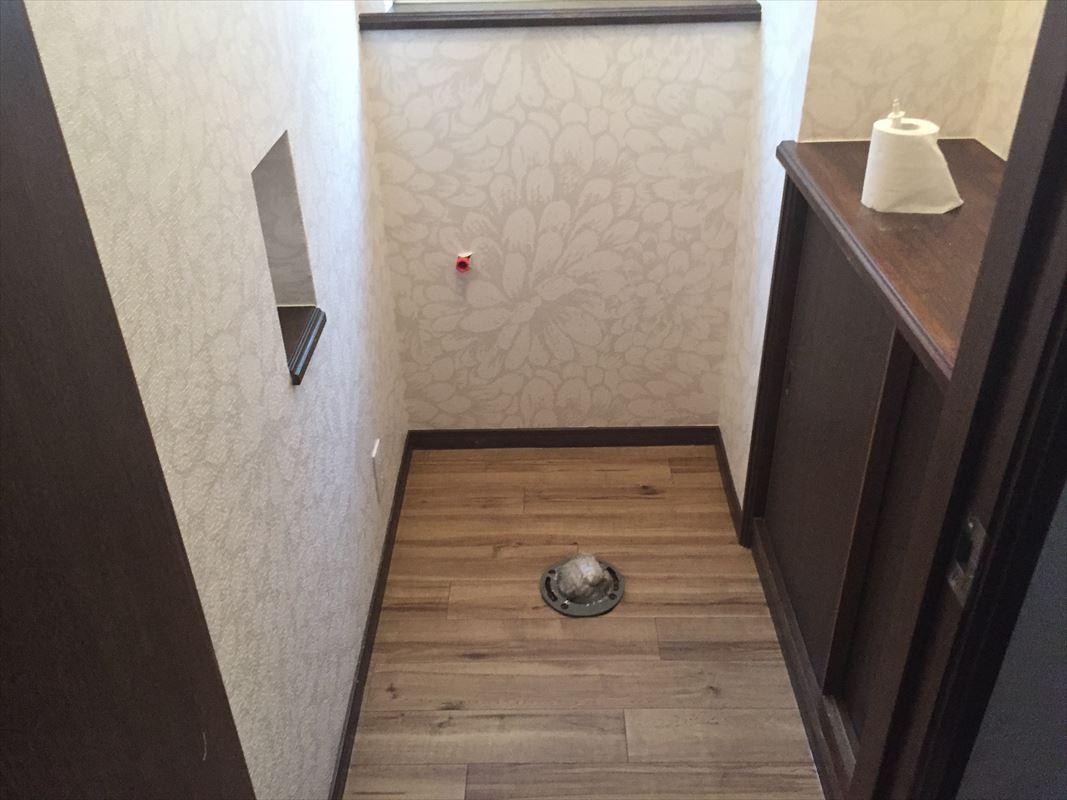 多治見 トイレリフォーム トイレ交換 クロス貼り替え