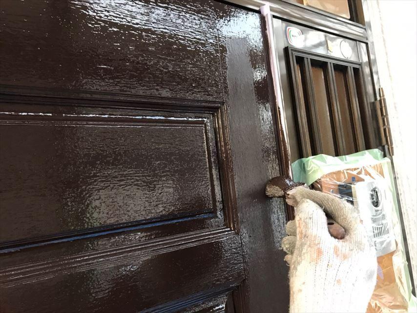 多治見市若松町玄関ドアシリコン塗装