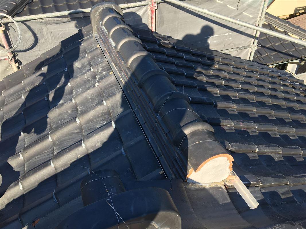 多治見市 土岐市 屋根工事 屋根の瓦の白いの 屋根から落ちてきた
