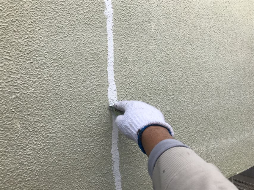 可児市モルタル壁コーキング補修