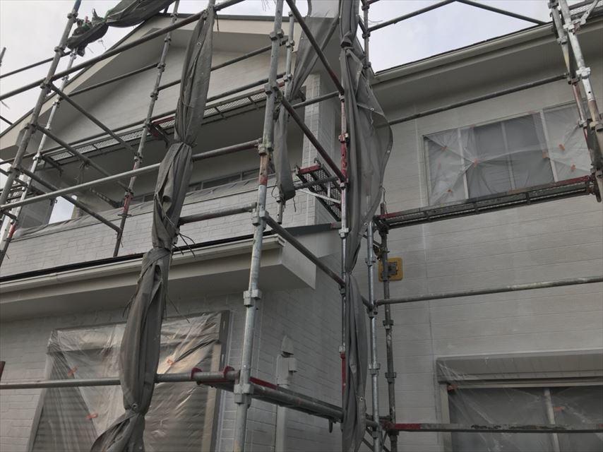 土岐市外壁塗り替え下塗り