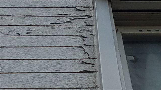 外壁の塗膜剥離