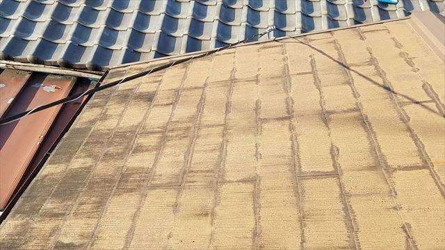 工場の既存の屋根