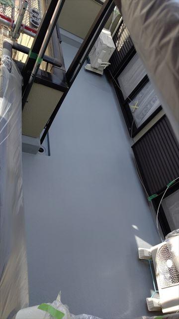 瑞浪市陶町でベランダ防水工事防水材塗布