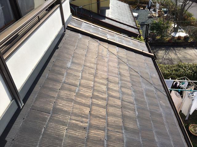 屋根の部分色褪せ