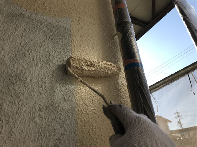 可児川合青山外壁中塗り