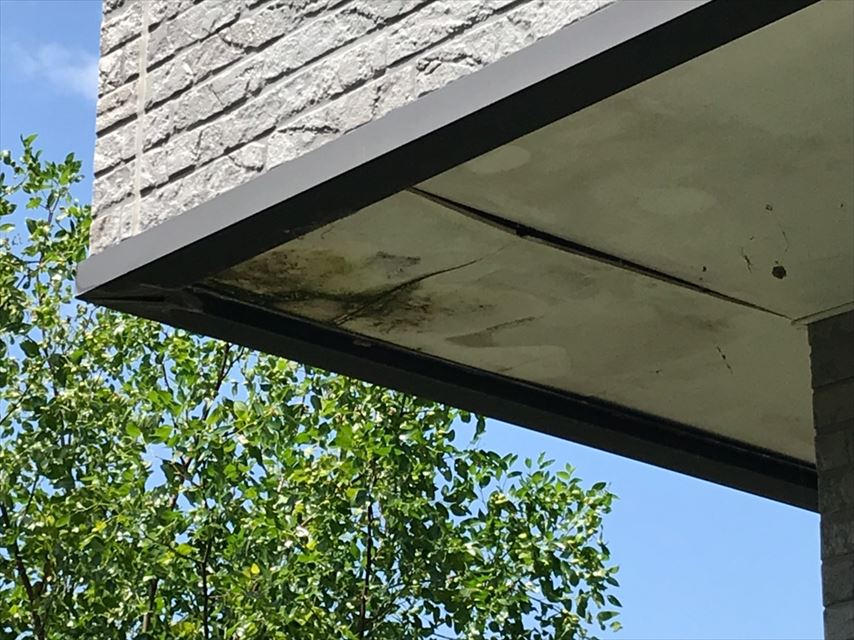軒天井 ケイカル板 浮き