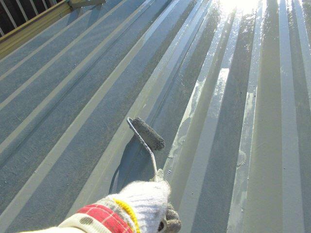 折半屋根塗装上塗り