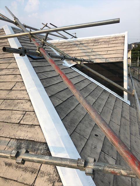 屋根棟板金下塗り塗装、完了