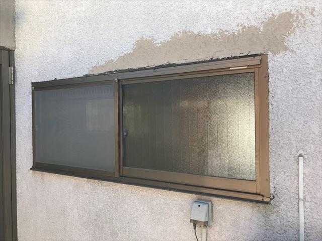 外壁面の塗膜の剥がれ