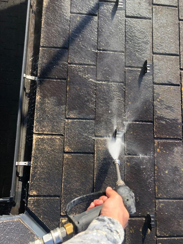 恵那市、屋根のバイオ洗浄