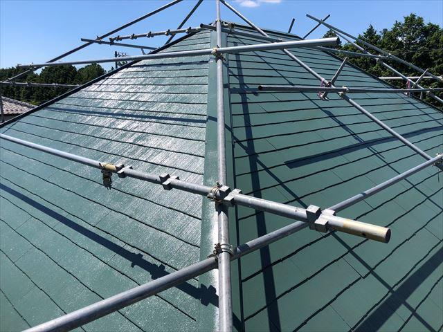 屋根の上塗り塗装、完了です