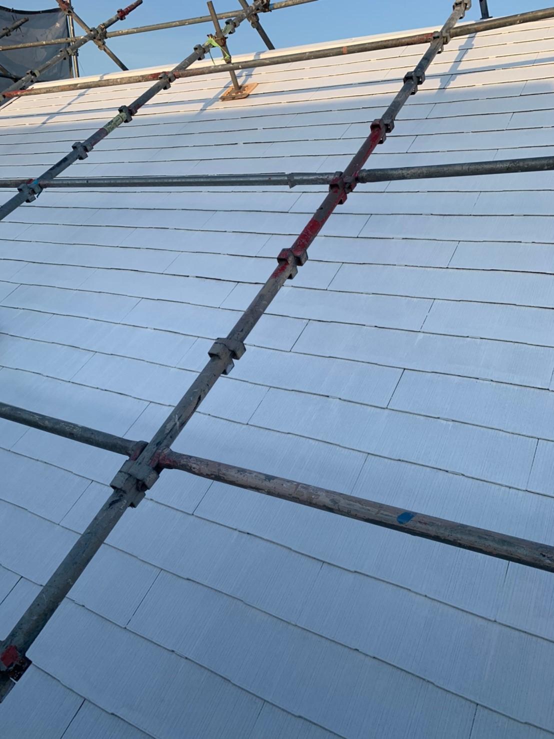多治見市、屋根塗装下塗り2回目完了